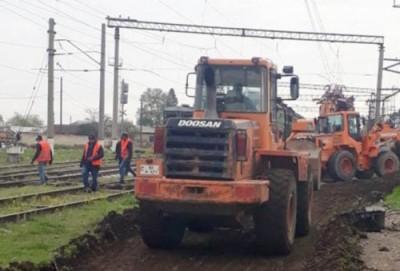 Şəmkir, Tovuz və Tatlı dəmir yolu stansıyalarının baş yolları əsaslı təmir olunur