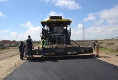 Neftçalanın 19 kəndini əhatə edən yol yenidən qurulur