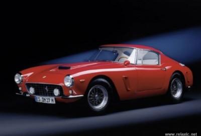 """Nadir """"Ferrari"""" 32 milyon avroya satıldı – FOTOLAR"""