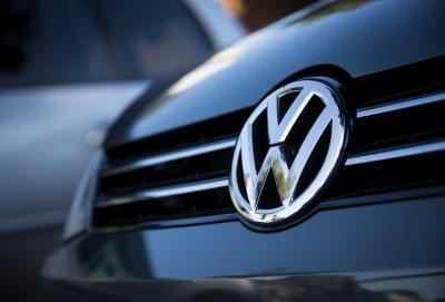 Ucuz Volkswagen Tharu satışda Toyota RAV4-ü ötüb keçdi