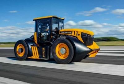Dünyanın ən sürətli traktoru