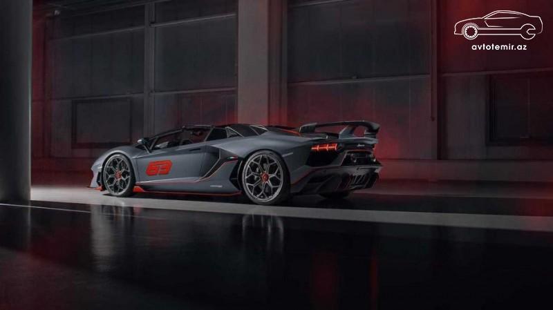 Lamborghini Pebbl-Biçə iki xüsusi superkar gətirib