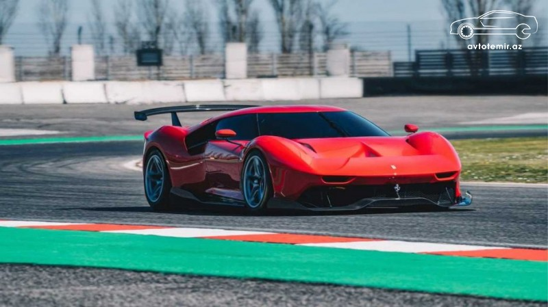 Ferrari noyabr ayında yeni superkar təqdim edəcək