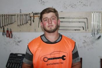 Ruslan Əmirxanov