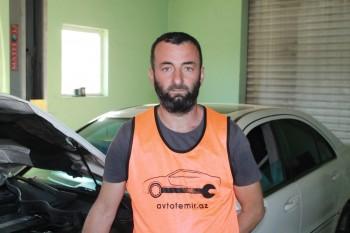 Rüfət Ağayev