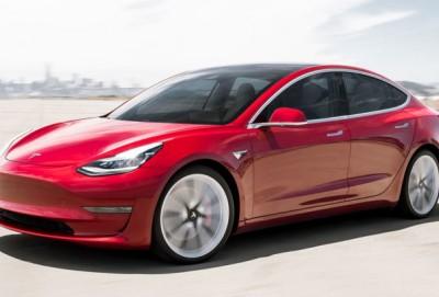 """Çin """"Tesla""""nın elektrikli maşınlarını vergilərdən azad edib"""