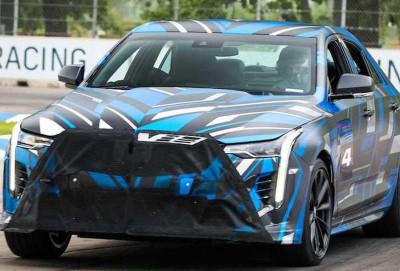 Cadillac V-Blackwing seriyasından olan sedanları mexaniki transmissiya ilə təchiz edəcək