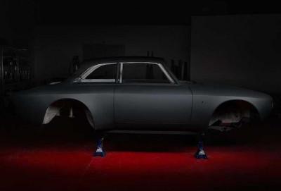 Klassik Alfa Romeo Giulia modeli 525 at qüvvəli superkara çevriləcək