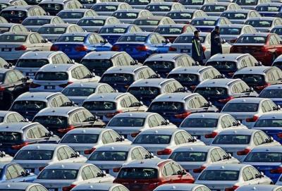 Aprel ayında yeni avtomobillərin satışları kəskin şəkildə azalıb