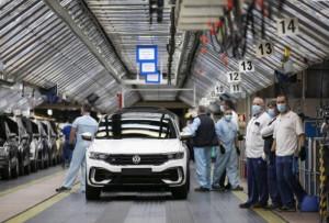 Avropa İttifaqında avtomobil satışı 76 faiz azalıb