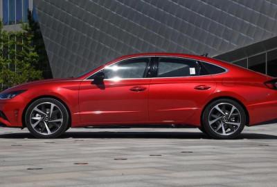 Uzunbazalı Hyundai Sonata debüt edib