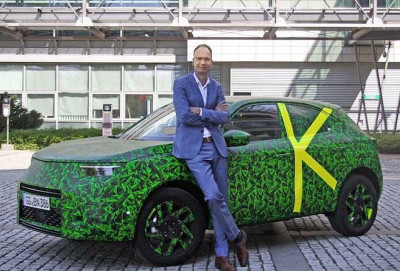 Opel Mokka modelinin yeni tizerini dərc edib