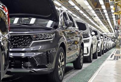 Kia Sorento Hybrid modelinin istehsalına başlanıb