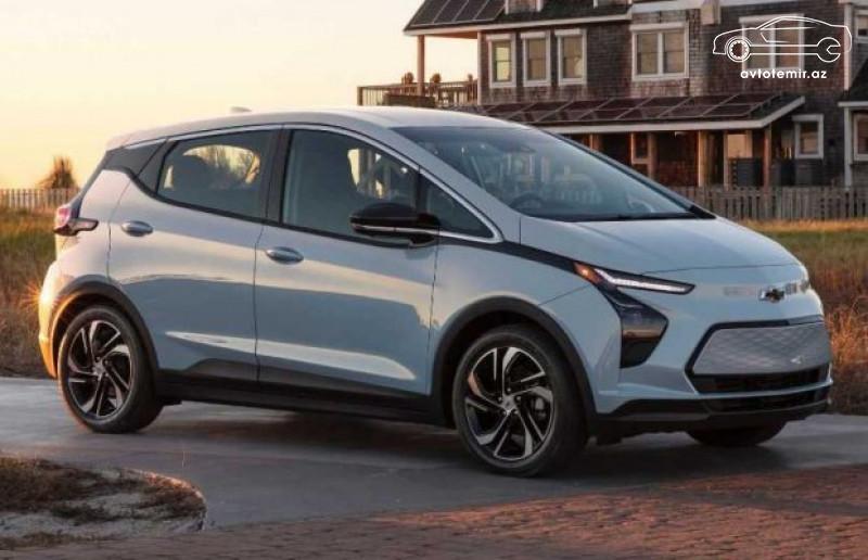 General Motors konserni yenilənmiş Chevrolet Bolt modelini təqdim edib