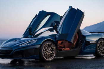 Yeni super avtomobil təqdim olunub