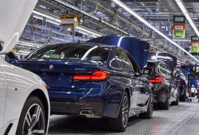 """""""BMW"""" mikrosxem çatışmazlığına görə istehsalı azaldacaq"""