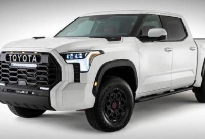 """Toyota"" yeni modelinin ilk görüntülərini yayıb"